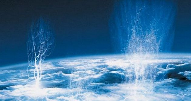 Датский астронавт впервые в истории заснял на видео молнии, бьющие в космос