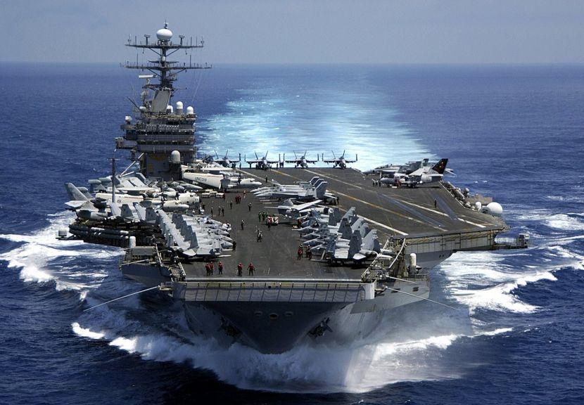 Авианосец США отозван из Персидского залива в связи с операцией РФ