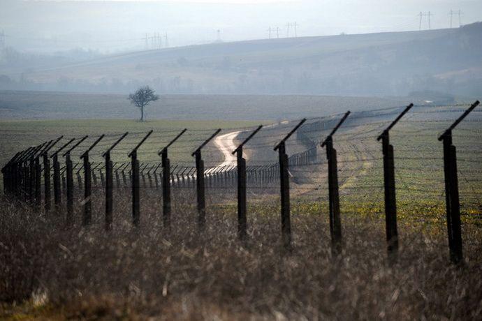Латвия построит заборы на границе с Россией для защиты от мигрантов
