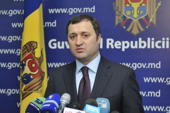 Суд арестовал подозреваемого в хищениях бывшего премьера Молдавии
