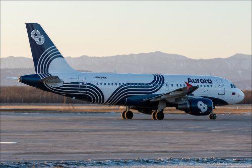 В Хабаровске экстренно сел Airbus-319 с трещиной в стекле кабины пилотов