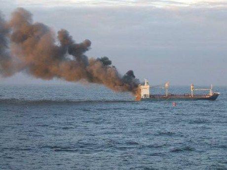 Пожар вспыхнул на российском танкере в водах Каспийского моря