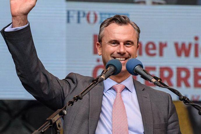 На выборах президента Австрии лидирует кандидат от правых популистов