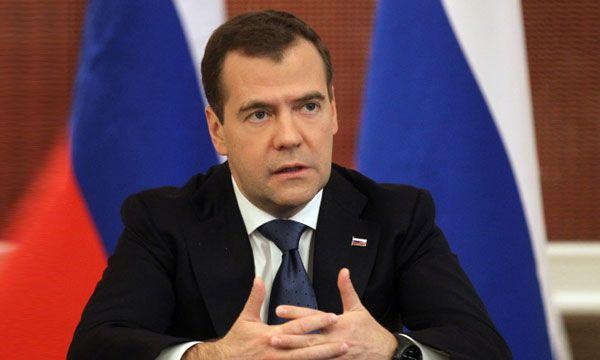 Медведев заявил о необходимости постройки в стране хороших и недорогих школ