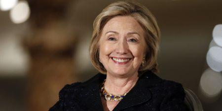 """Хиллари Клинтон пообещала сформировать """"женское правительство"""" в случае победы на выборах"""