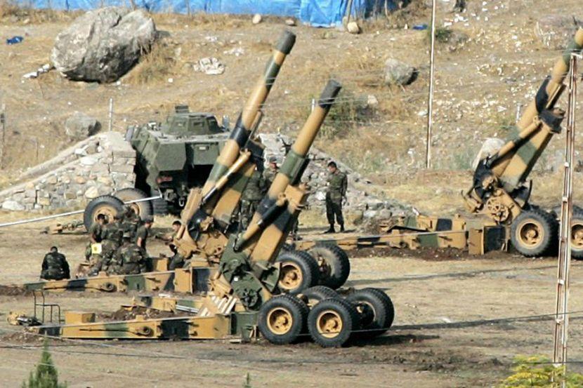 Турецкая артиллерия обстреляла позиции сирийских боевиков