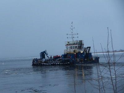 """На акватории Финского залива продолжаются работы по обследованию затонувшего рыболовецкого судна """"Монни"""""""