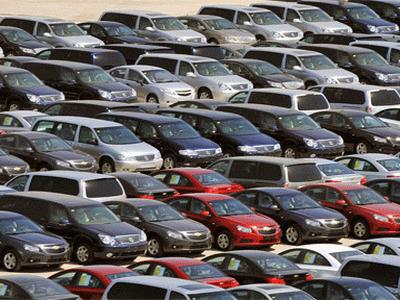 За 11 месяцев 2016 года импорт легковых автомобилей упал на 23%