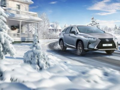 Lexus set a new sales record in the Russian market in 2016