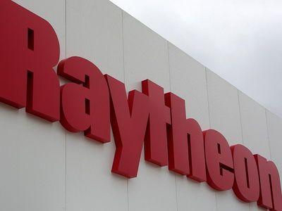 U. S. Navy awards Raytheon $235 million for Standard Missile-6 production