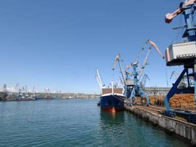 Росприроднадзором пресечены нарушения экологических требований в порту Ванино
