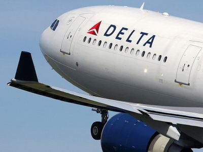 Delta expands efforts to ease security lines at Atlanta airport with CLEAR partnership