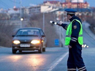 В России начали действовать новые нормы поведения сотрудников ГИБДД на дороге