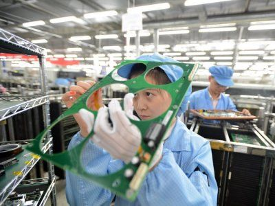 By mid-21st century, climate change could cut Chinese manufacturing output annually by 12 percent