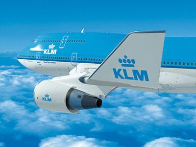 KLM launches small package delivery service for BlueBiz customers