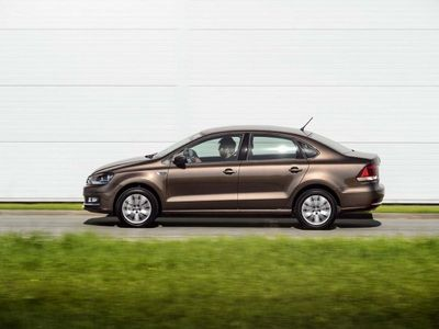 Volkswagen отзывает в России более 30 тыс. Polo Sedan