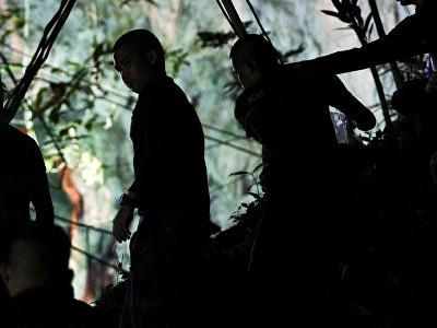 В Таиланде запертые в пещере дети написали письмо родителям и учителям