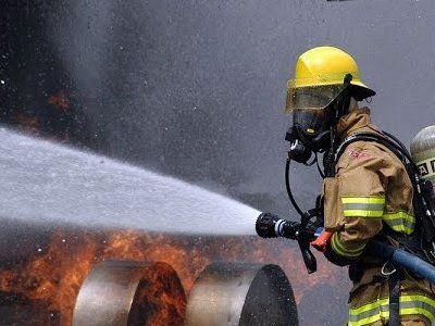 Пожарных-волонтёров США обвинили в многочисленных поджогах лесов
