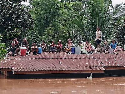 Миллиарды кубометров воды затопили юго-восток Лаоса