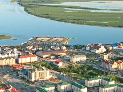 На Ямале реализуют «майские указы» президента: более 8 тысяч семей планируют переселить из аварийного жилья