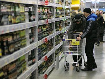 Вице-премьер Голикова не исключила повышение возраста продажи алкоголя
