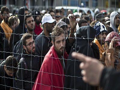 Суд заблокировал указ Трампа о мигрантах