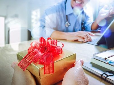 The Ministry of Labor Wants to Ban Give Gifts to Government Employees