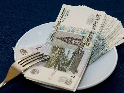 Russians Spend Almost a Third of Their Income on Food