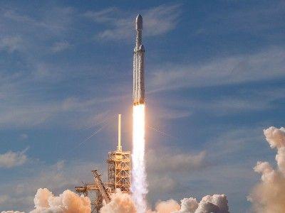 Осуществлён первый коммерческий запуск ракеты Falcon Heavy