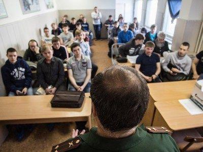 Правительственная комиссия одобрила законопроект о шестикратном увеличении штрафов за неявку в военкомат
