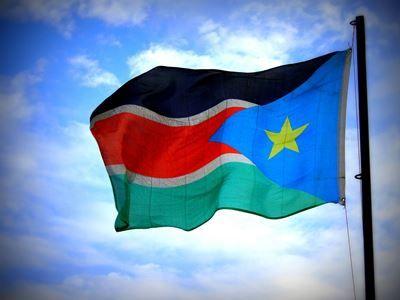Полицейские в Судане открыли огонь по протестующим