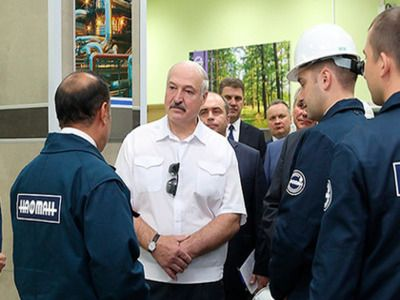 Lukashenko Refused to Crawl on His Knees in Front of Russia
