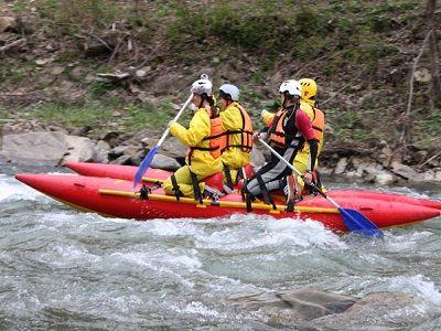 Спасатели нашли всех перевернувшихся на катамаране на реке в КЧР туристов
