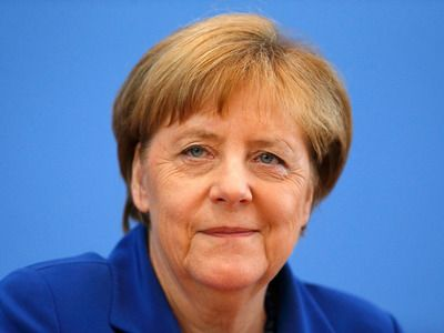 In Germany, They Bet on the Resignation of Merkel Because of Bouts of Tremor