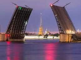 """В Питере стартовали """"Поющие мосты"""""""