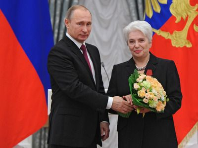 Vladimir Putin Congratulated Natalia Solzhenitsyna on Her Anniversary