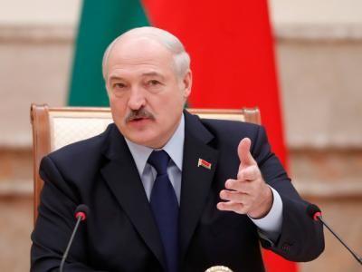 Украинский блогер посоветовал Зеленскому не подавать руку белорусскому президенту