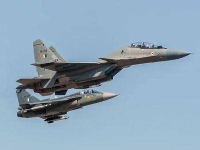 Media: India Intends to Modernize Su-30MKI and Acquire Fighter Jets from Russia