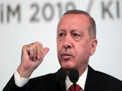 Erdogan Threatens EU to Open Borders for Syrian Refugees