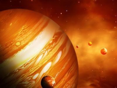 Падение железокаменного астероида вызвало вспышку на Юпитере