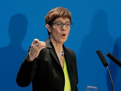 German Defense Minister Intends to Offer to NATO to Create a Security Zone in Syria