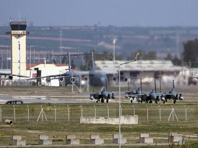Turkey Ready to Close Incirlik Base for US in Case of Imposing Sanctions Over S-400
