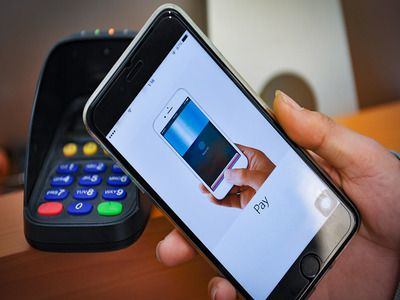 The Central Bank of RF Will Introduce Payments by Smartphone in Transfer System Similar to Apple Pay