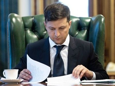 Ukrainian President Signed a Law on the Extension of the Special Status of Donbass