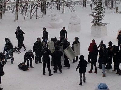 Главу МВД Татарстана наказали за участие детей в учениях полиции
