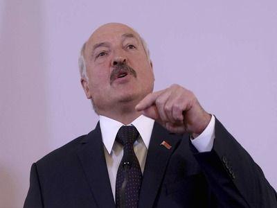 Lukashenko Said That Russia Begins to Press Belarus Every Year