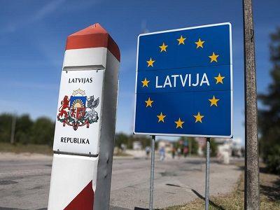 В Латвии хотят ввести плату за общение на русском языке в компаниях