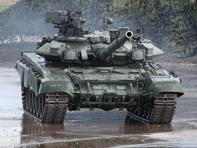 В Сухопутные войска РФ в 2020 году планируется поставить более 300 единиц бронетехники