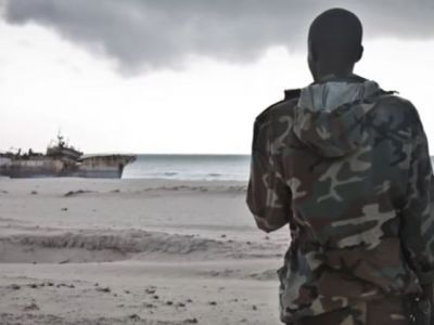 In Nigeria, Pirates Shot Dead Four Naval Officers and Abducted Three Sailors