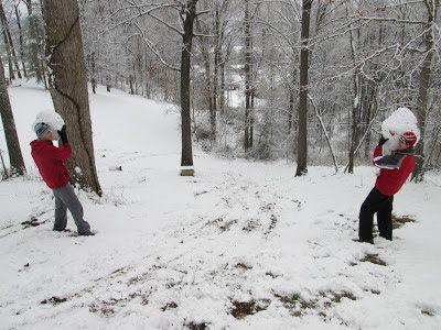 Двое подростков получили огнестрельные ранения из-за игры в снежки